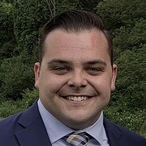 Ethan Underhill headshot